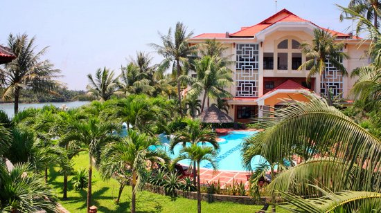 Hoi An Beach Resort: Exterior