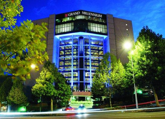 Grand Millennium Auckland: Exterior