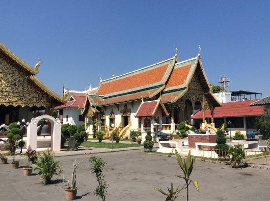 Wat Chiang Man: Прекрасный древний храм