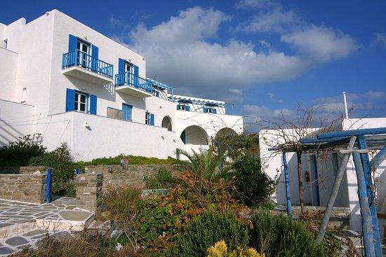 Piso Livadi, Yunani: Exterior