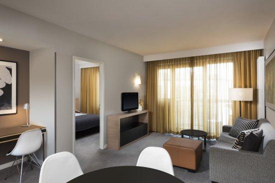 adina apartment hotel hamburg michel ab 125 2 6 6 bewertungen fotos preisvergleich. Black Bedroom Furniture Sets. Home Design Ideas