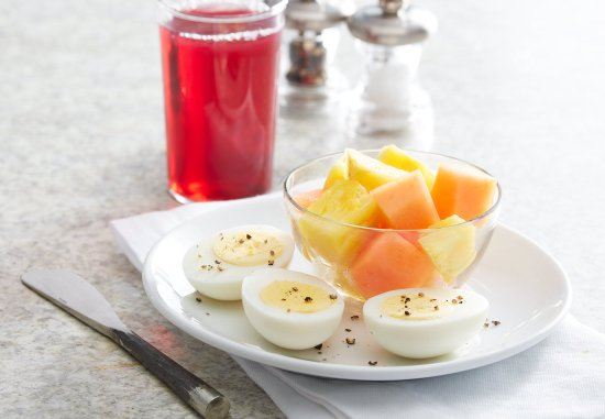 Waterloo, IA: Fresh Fruit, Daily Rotation