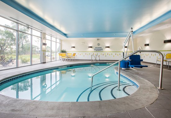 Waterloo, IA: Indoor Pool