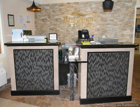 Stevens Point, WI: Front Desk