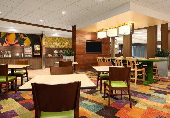 Bristol, TN: Breakfast Dining Area