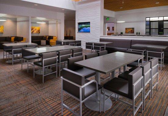 Menlo Park, CA: Dining Area