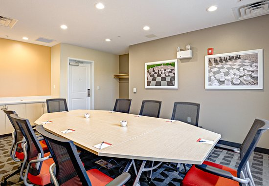Wareham, MA: Onset Boardroom