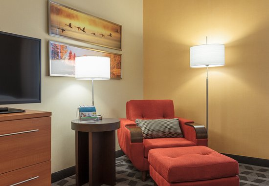 Belleville, Canada: Suite Sitting Area