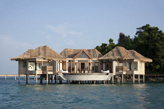 Song Saa Private Island: Bedroom Over Water Villas Mg