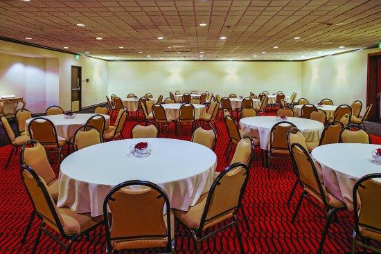 Runnemede, NJ: MeetingRoom