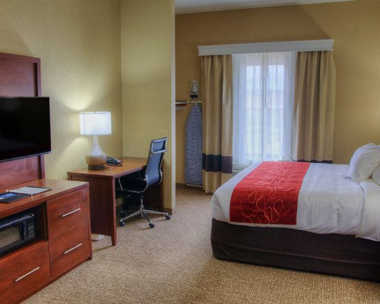 Plymouth, IN: Guest room