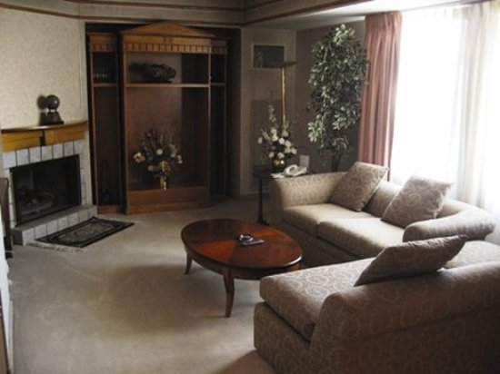 Double Eagle Hotel and Casino: Presidential Livingroom