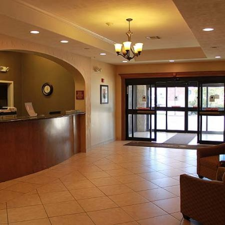 Franklin, TX: lobby