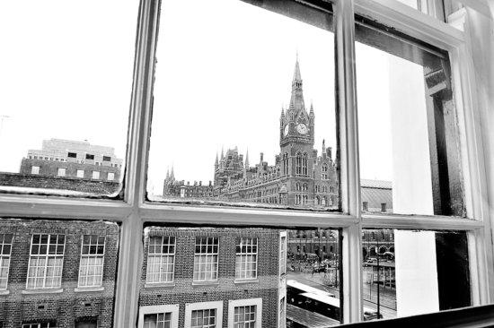 Kings Cross Inn Hotel : Other