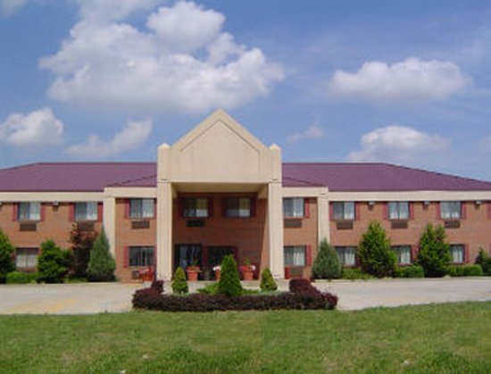 Welcome to the Baymont Inn and Suites Harrodsburg
