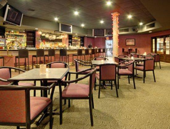 Metairie, LA: Derby Lounge