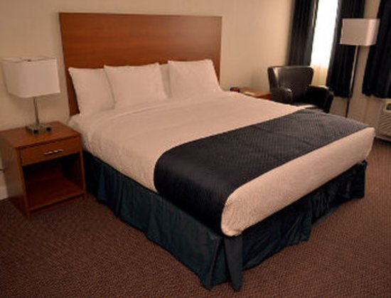 Sioux Lookout, Canada: Standard King Bed Room