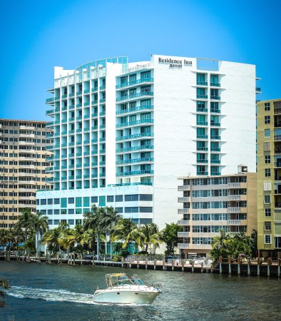 Residence Inn Fort Lauderdale Intracoastal/Il Lugano: Exterior