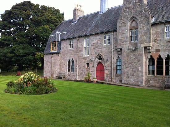 Great Cumbrae, UK: Grounds