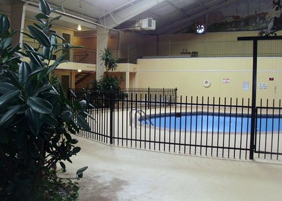 Elk City, OK: Pool