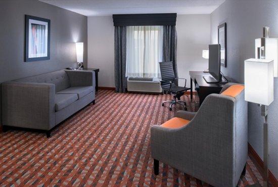 Antioch, TN: One Bedroom Suite - Living Room 2