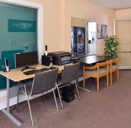 Whitecourt, Kanada: Business Center