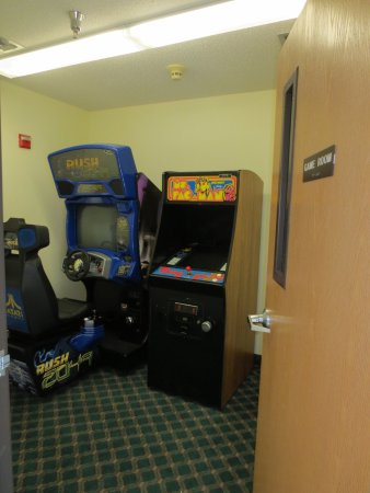 Spring Valley, MN: Game Room