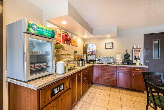 Othello, WA: Breakfast Area