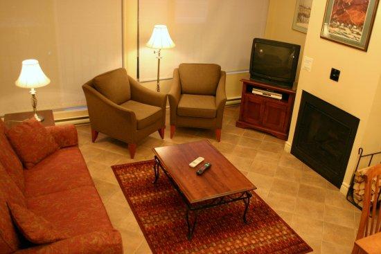 Бопр, Канада: En Suite Living Room