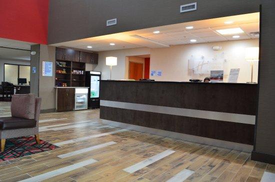 แมดิสัน, จอร์เจีย: Lobby Lounge