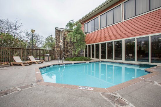 Clarion Inn in Merrillville