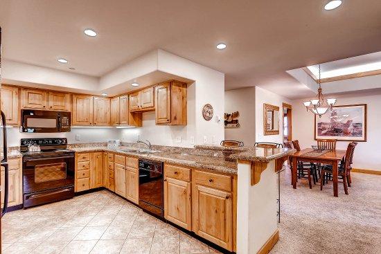Canyon Creek Condominiums: 4 bedroom