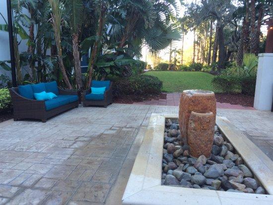Lake Mary, FL: decoração externa
