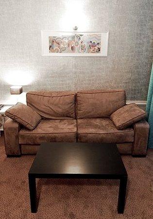 Hotel De Paris : Guest Room