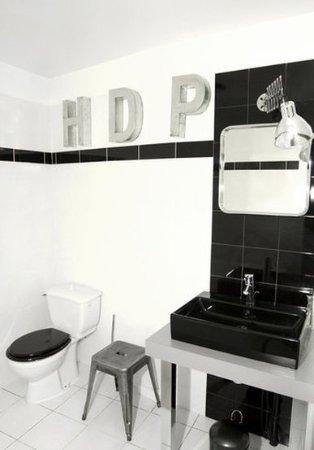 Hotel De Paris : Bathroom