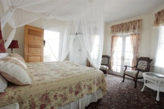 Hotel Macomber: Guest Room