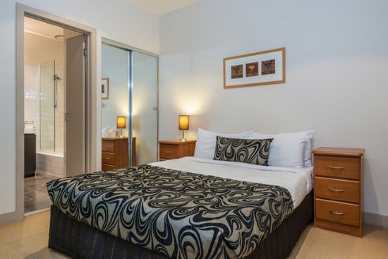 Preston, Australien: 2 Bedroom Apartment
