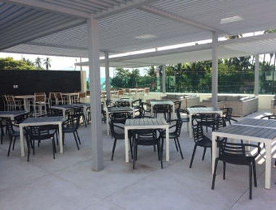 Ramada Acapulco: Lounge