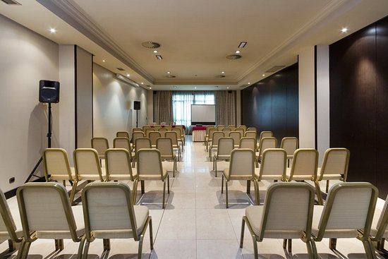 Exe Oviedo Centro: 959529 Meeting Room