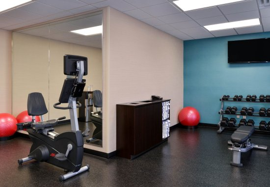 Gallup, NM: 24 Hour Fitness Center