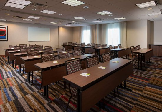 Lynchburg, VA: Grant-Lee Meeting Room