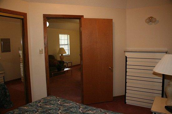 Oak Ridge, TN: Guest Room