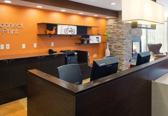 Athens, Οχάιο: The Business Center