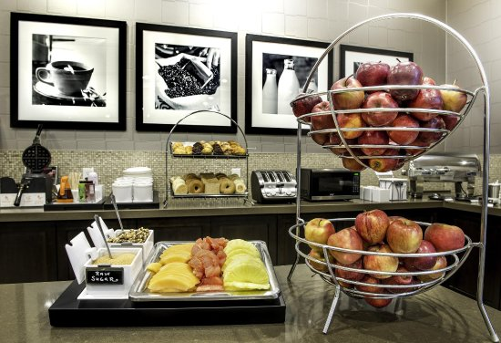 Bolton, Canada: Hotel Breakfast Area