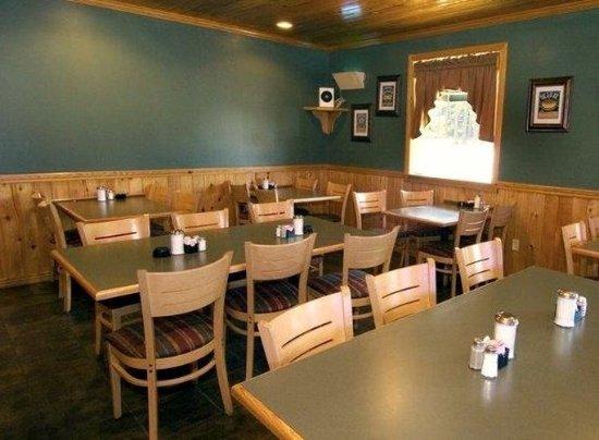 Winnfield, لويزيانا: Dinning