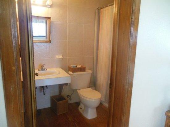 Winter Haven Inn: Bathroom