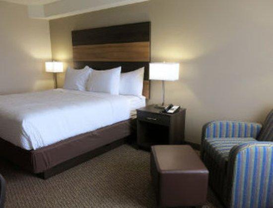 Lindsay, كندا: 1 Queen Bed Room
