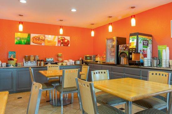 Carthage, TX: Breakfast