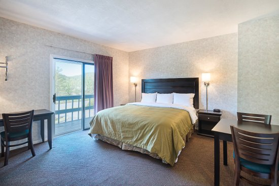 Lee, MA: Guest room