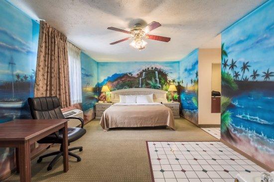 Econo Lodge West: Miscellaneous